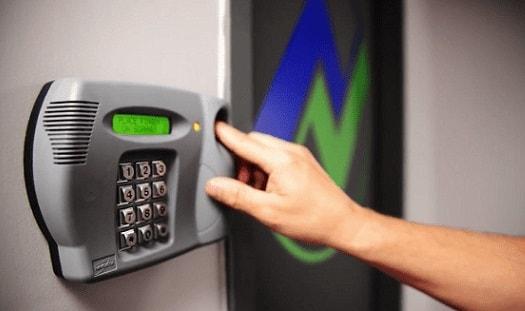 امنیت مشاغل با اکسس کنترل