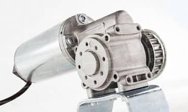 موتور دانکر اپراتور شیشه ای